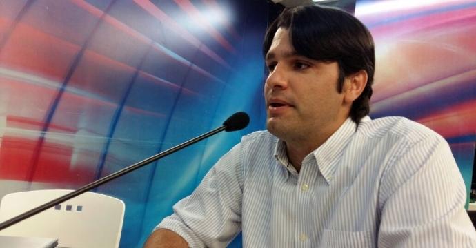 """Leo rebate Cartaxo e pede pressa da PMJP na conclusão da """"passagem molhada"""" da Beira Rio"""