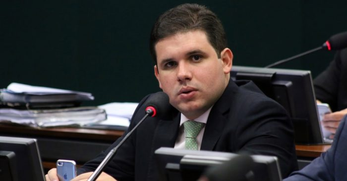 PRB de Hugo Motta deve oficializar apoio a João Azevêdo nos próximos dias