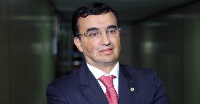 Reaproximação: Benjamin admite convite do MDB e diz apoiar candidatura de Maranhão