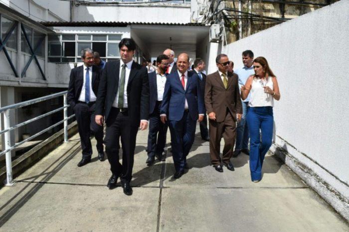 Caravana da Oposição inspeciona Estação Cabo Branco nesta terça