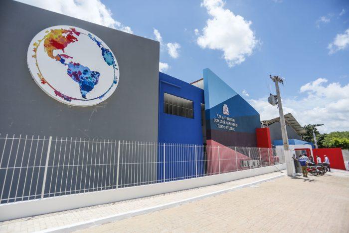 Cartaxo entrega primeira escola bilíngue da rede pública municipal nesta segunda