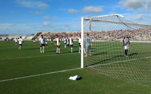 Atacante perde pênalti, zagueiros marcam e Botafogo-PB e Treze ficam no empate