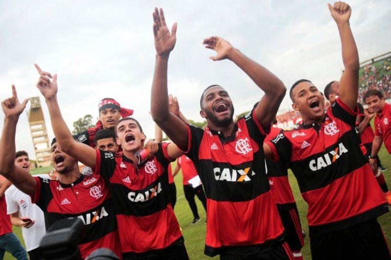 É tetra! Flamengo bate o São Paulo no Pacaembu e é campeão da Copinha 2018