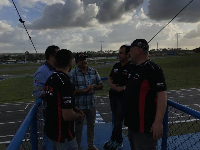 Organizadores de torneio mundial de Kart visitam Circuito Paladino