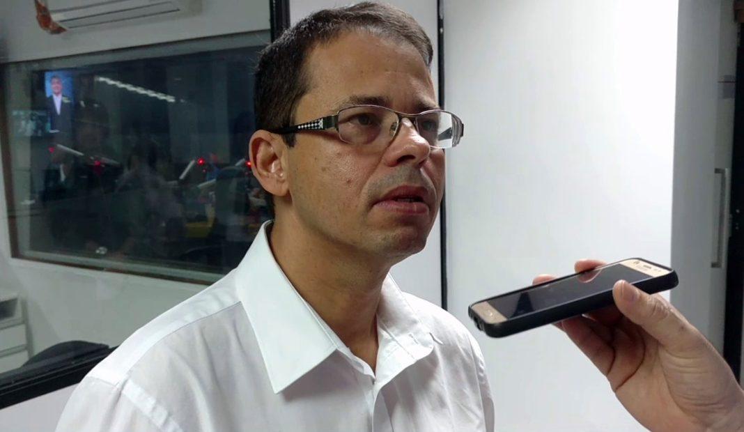 Por maioria dos votos, Câmara de Bayeux livra Luiz Antônio de cassação