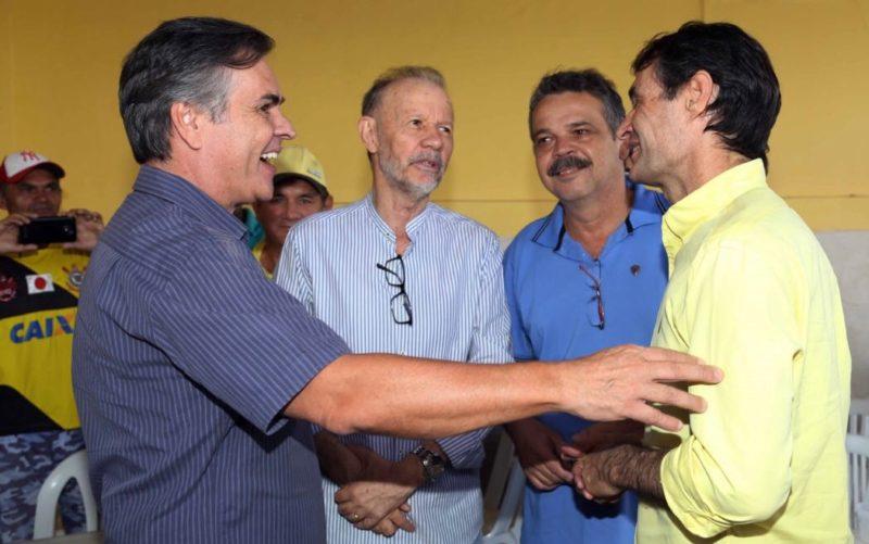 Ao lado de Cássio, Romero se reúne com aliados no Sertão e reafirma pré-candidatura ao governo