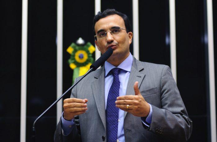 Paraibano propõe fundo de combate a roubos de bancos com recursos dos lucros das instituições
