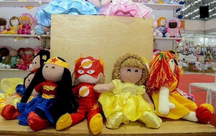 Salão de Artesanato da Paraíba expõe bonecas produzidas por reeducandas do sistema prisional