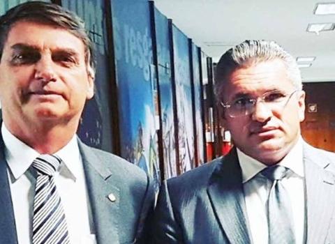 'Braço direito' de Bolsonaro assume comando do PSL na Paraíba