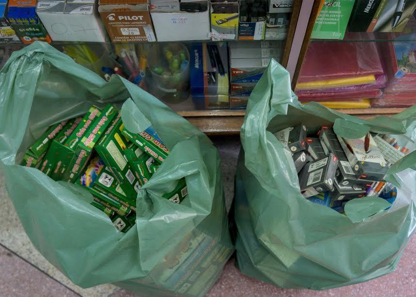 Operação Volta às Aulas apreende materiais vencidos na Capital