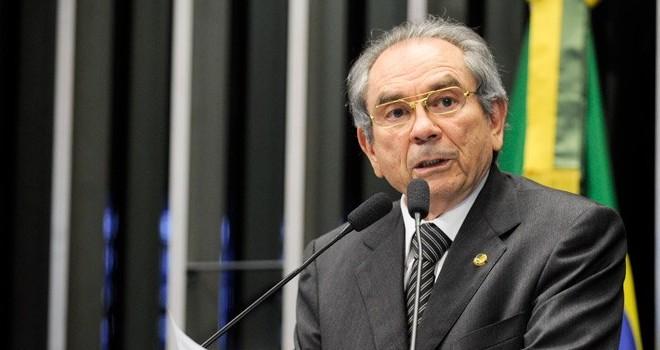 Lira surpreende e diz que Temer não tem respaldo para votar reforma da Previdência
