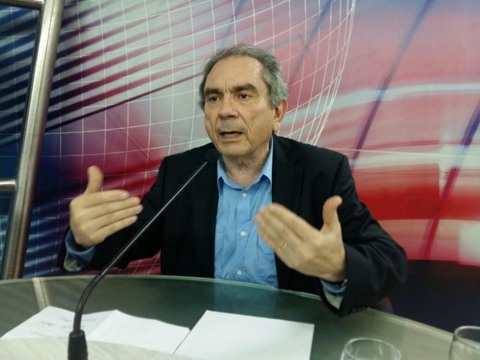 """Lira diz que PSD fica com Lucélio na oposição por """"prestígio"""" de Romero"""
