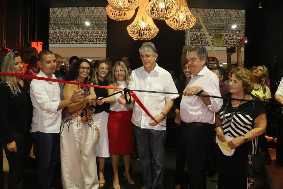 Ricardo abre 27º Salão do Artesanato da Paraíba e destaca evolução da produção local