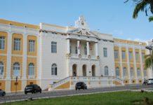 Acusado de dispensar licitações, prefeito de Pocinhos será julgado pelo TJPB