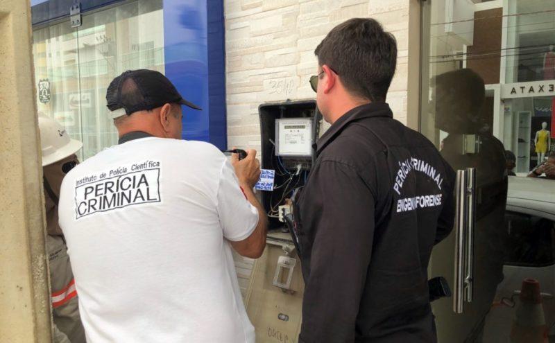 Energisa realiza operação de combate a gatos de energia na cidade de Patos
