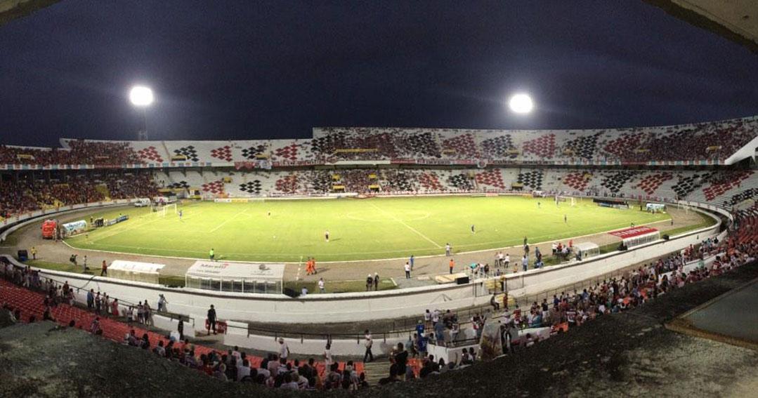 Santa Cruz recebe o Treze pela Copa do Nordeste