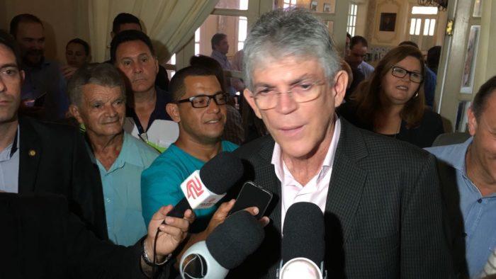 """RC critica """"solução"""" de Cássio para evitar migração de criminosos após intervenção: """"Baboseira"""""""