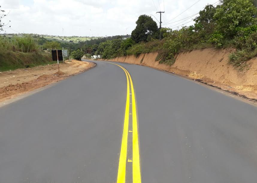 DER sinaliza rodovia Conde/Jacumã e oferece mais segurança aos usuários