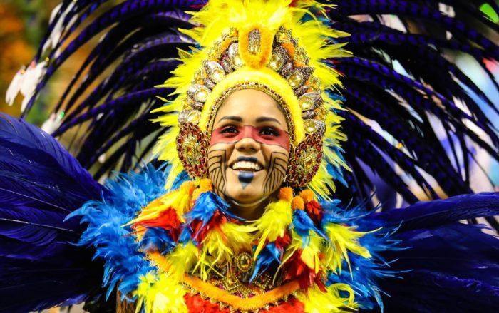 Tatuapé é bicampeã do carnaval de SP cantando as belezas do Maranhão