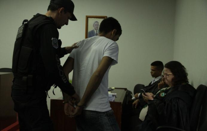 Primeiro réu do caso Vivianny é condenado a 26 anos de prisão em regime fechado