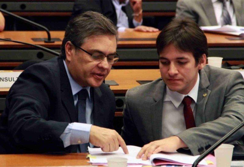 Cunha Lima diz que desistência de Cartaxo acabou facilitando entendimentos na oposição e sai em defesa do nome de Romero