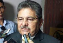 """Deputado licenciado elogia João e alfineta pré-candidatura """"genética"""" de Lucélio"""