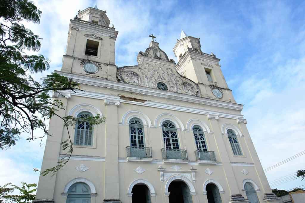 Semana Santa é aberta neste domingo com celebração de missas na Catedral de Nossa Srª das Neves