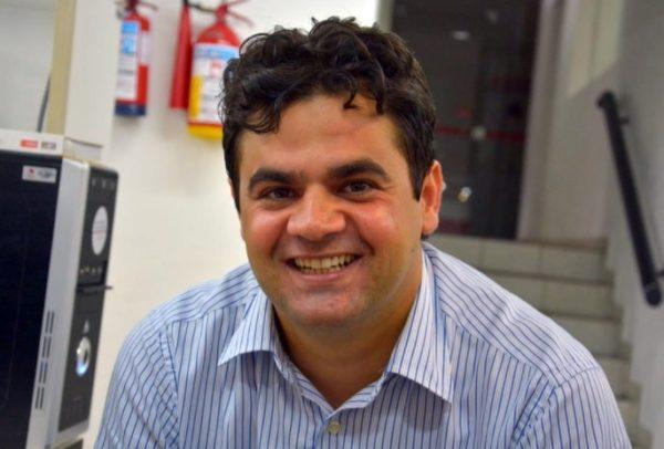 Gestão de Jarques Lúcio em São Bento 'torra' R$ 240 mil com combustível em um mês