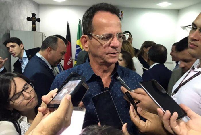 Marcos Vinícius assumirá Prefeitura de JP durante semana de Cartaxo na Polônia