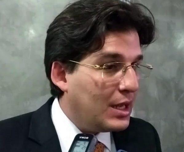 Líder da base na CMJP tentará levar o PTB para a pré-candidatura de Lucélio