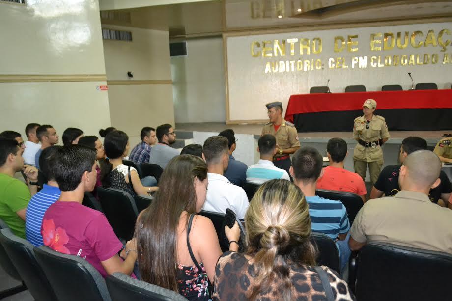 Bombeiros realizam exame psicotécnico do Curso de Oficiais