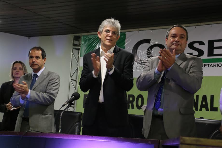 Ricardo prestigia posse do novo presidente do Conselho Nacional de Secretários de Agricultura