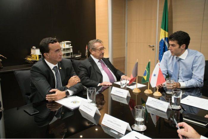 Ministro garante liberação de R$ 6 milhões para recuperação de perímetro irrigado de Sumé