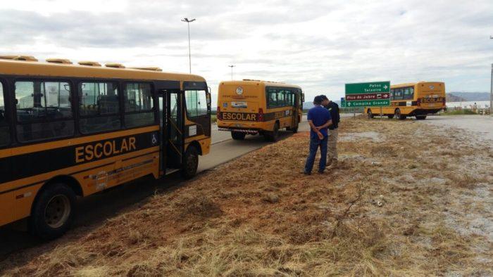 30% dos ônibus escolares inspecionados pelo MPPB e PRF apresentam falhas de segurança