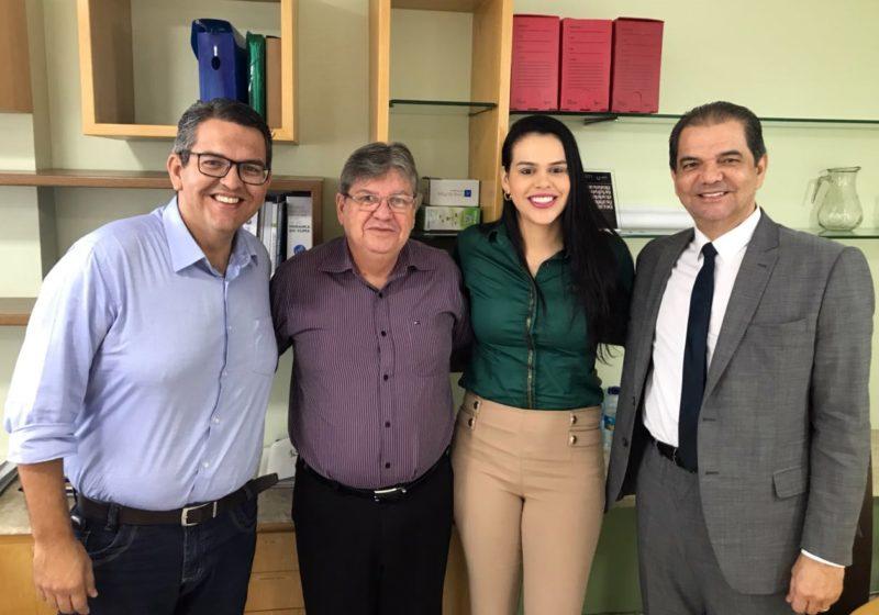 Pré-candidata a deputada, Rafaela Camaraense renova apoio a João Azevêdo