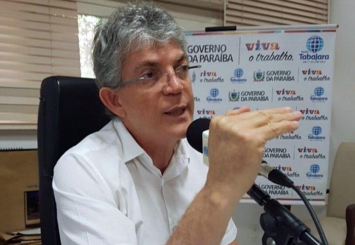 """Ricardo Coutinho, no Cariri: """"ninguém se iluda, essa eleição vai derrubar mitos"""""""