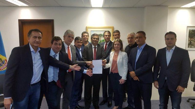 Confira o teor da carta escrita a mão por Ricardo e mais oito governadores para Lula