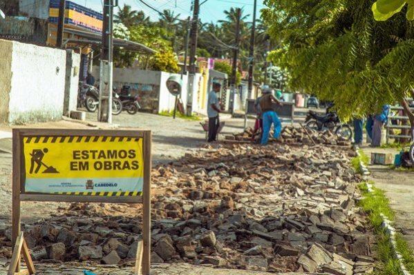 Prefeitura de Cabedelo inicia obras de calçamento em Jardim Manguinhos
