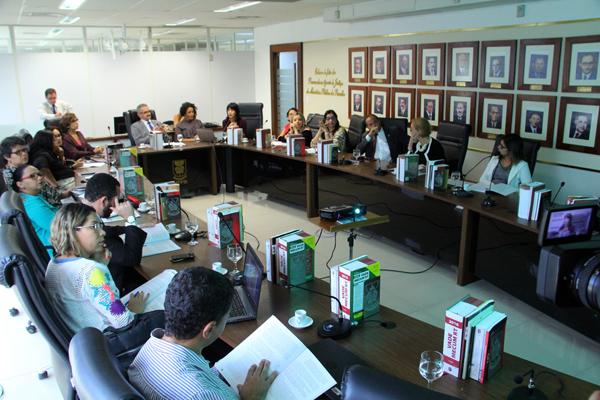 MPPB e outras instituições recebem protocolo da ONU sobre feminicídio