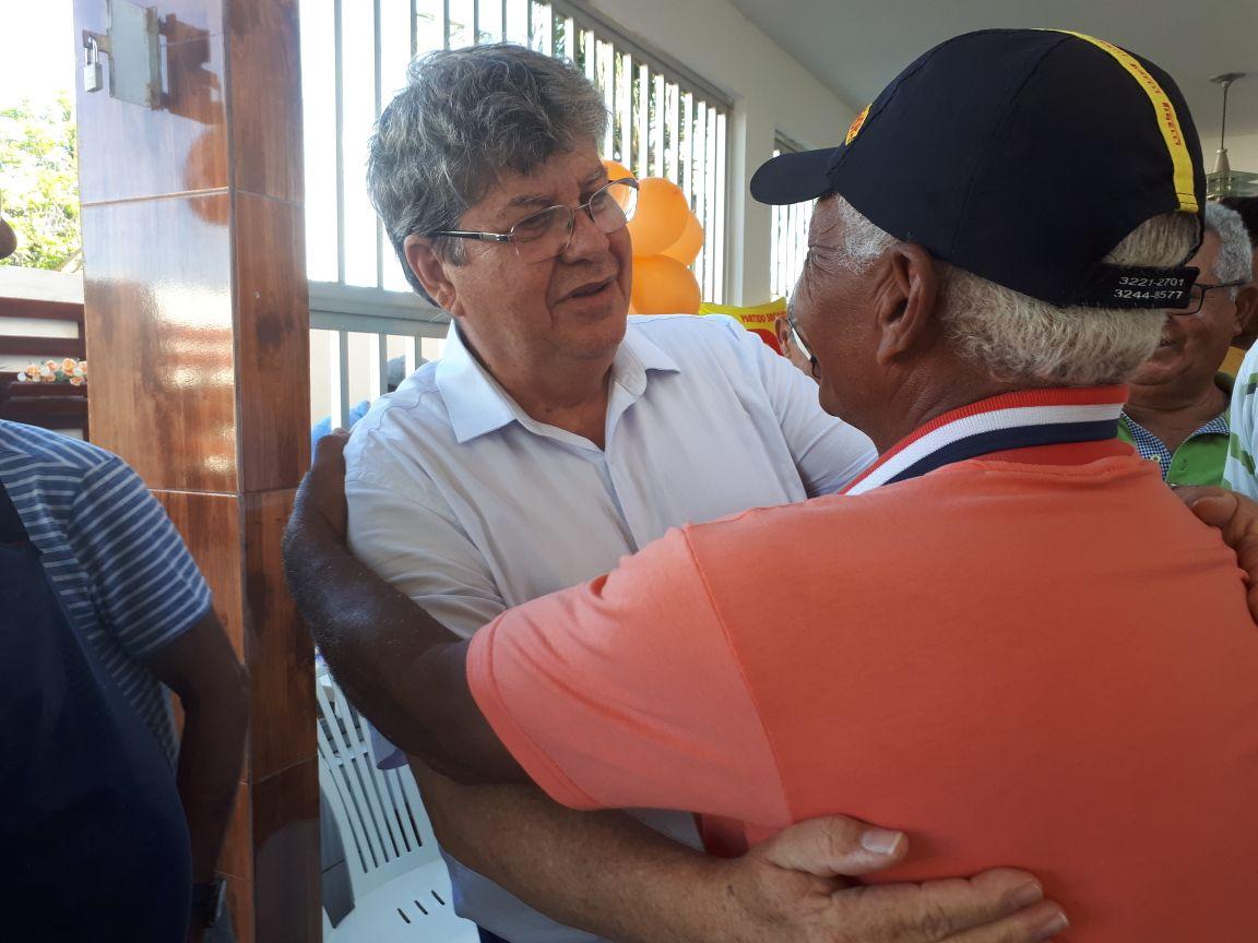 Lideranças políticas de Lucena anunciam apoio à pré-candidatura de João Azevêdo