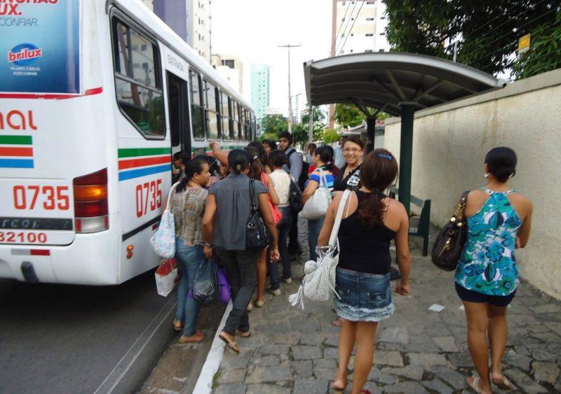 Frota de ônibus em JP e CG sofre redução nesta segunda