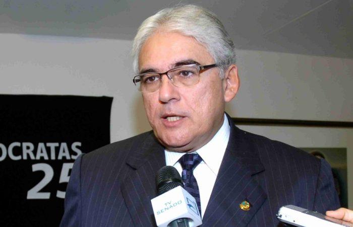 Ex-senador Efraim Morais destaca unidade de João com Veneziano e crescimento dos nomes