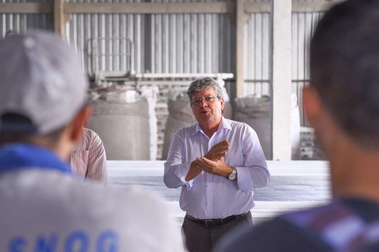 João é recebido por empresários e dialoga sobre o futuro do setor industrial na PB