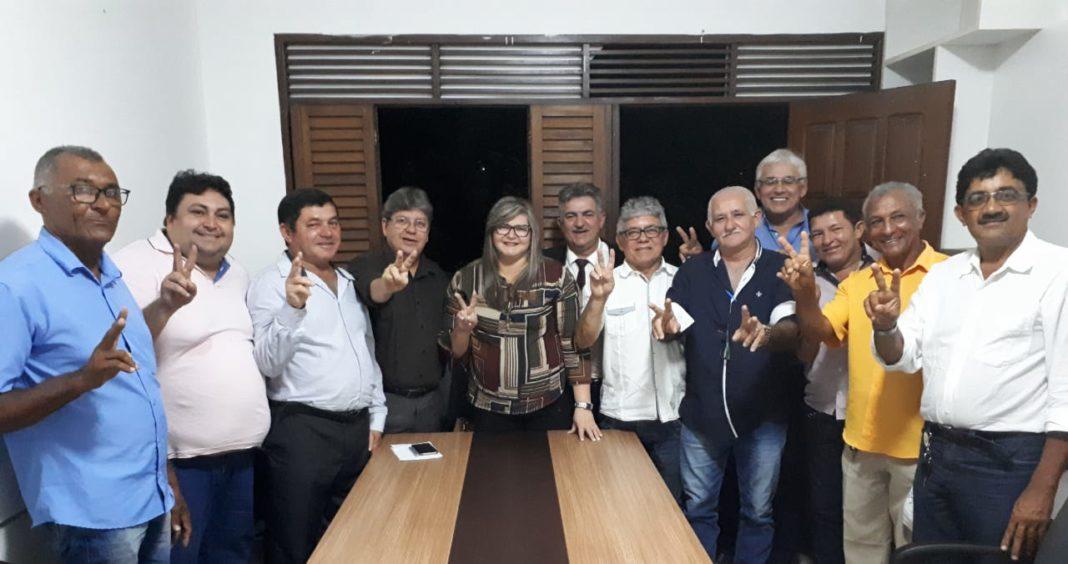 Nova adesão: prefeita de Riachão do Poço anuncia apoio à pré-candidatura de João