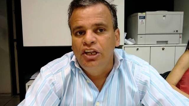 """Emerson """"Mofi"""" detona Pedro e Wilson por ajudarem a vender petróleo brasileiro """"a preço de banana"""""""