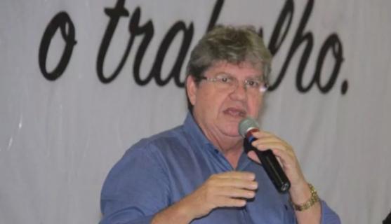João Azevêdo debate com setores do agropecuário plano de governo nesta quarta