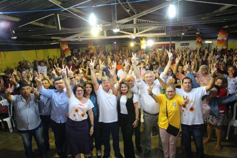 No Conde, João Azevêdo participa de encontro do PSB e destaca os direitos de cada cidadão