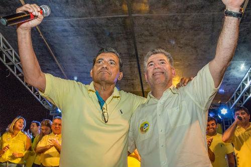 Câmara de Cabedelo afasta prefeito Leto Viana e vice-prefeito Flávio de Oliveira