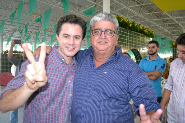 Prefeito do PSC adere à pré-candidatura de Veneziano ao Senado