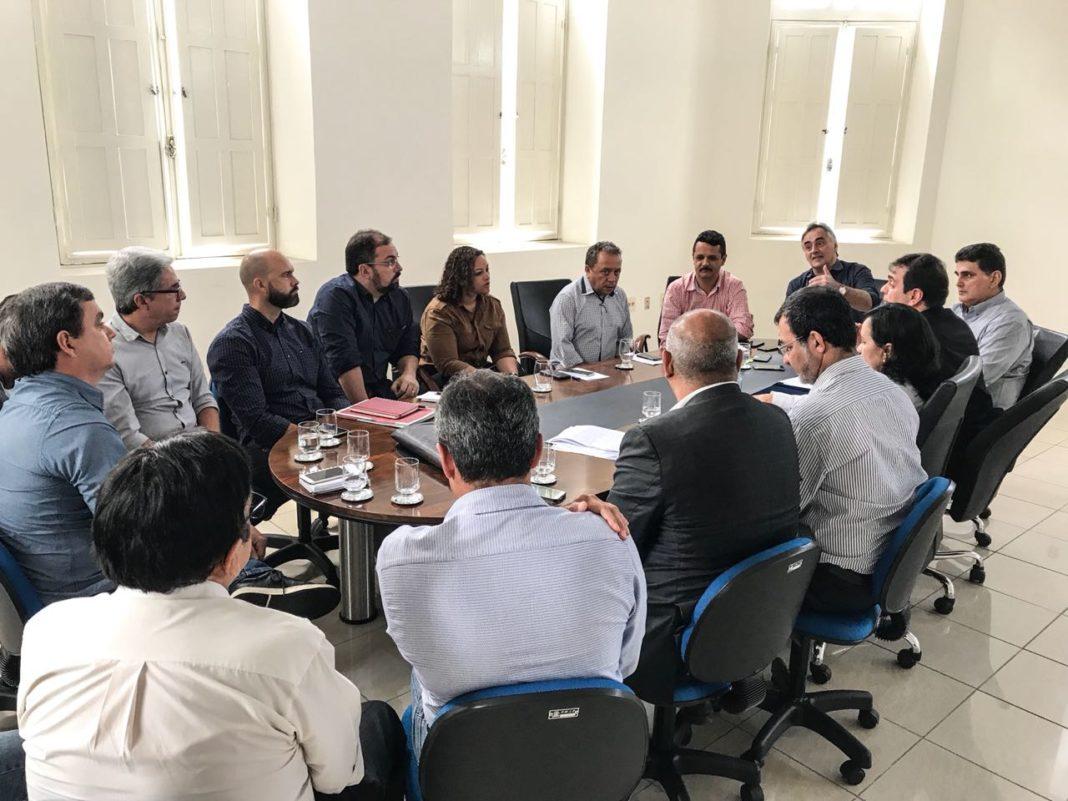Auxiliar de 1º escalão de Cartaxo é um dos alvos da Operação Cartola, revela jornalista